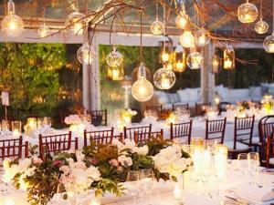 idee-deco-de-mariage-les-lumignons-boules-6596361