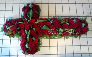 Croix florale : deuil